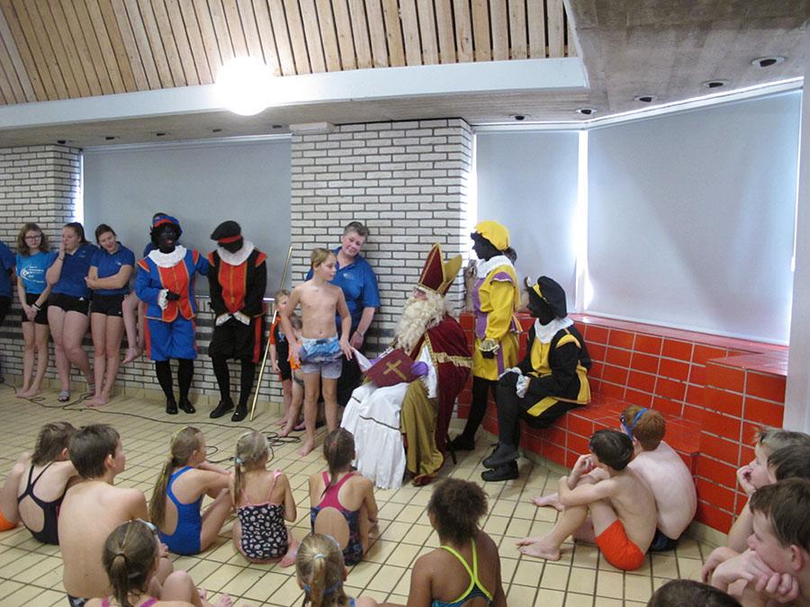 Gezellig DOS-Sinterklaasfeest